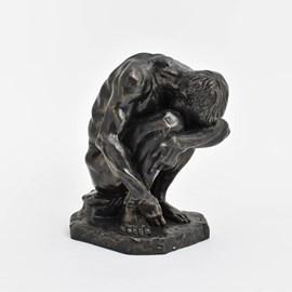 Sculpture Crouching man