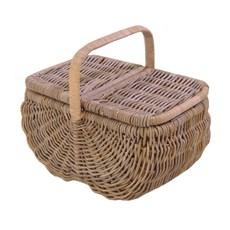 Picnic Basket Romance