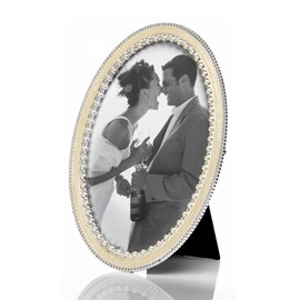 Picture Frame Oval with Pearls