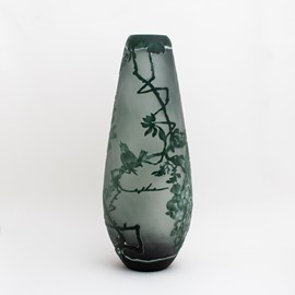 Vase Singing Birds