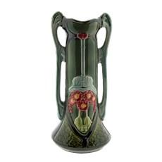 Art Nouveau Vase Belle