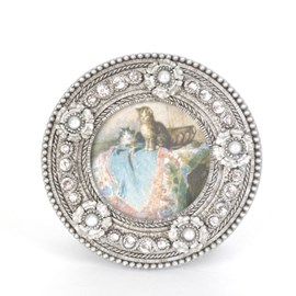 Round Photo Frame With Pearls and Small Strass Stones