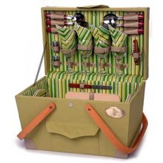 Complete Picnic Basket for 4 People